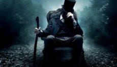 Abraham-Lincoln-Vampire-Hunter-2012-ประธานาธิบดี-ลินคอล์น-นักล่าแวมไพร์-e1551169152254
